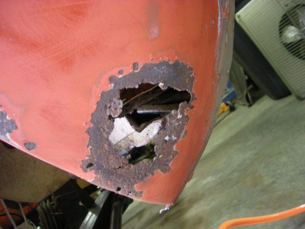 Rear wheel back panel